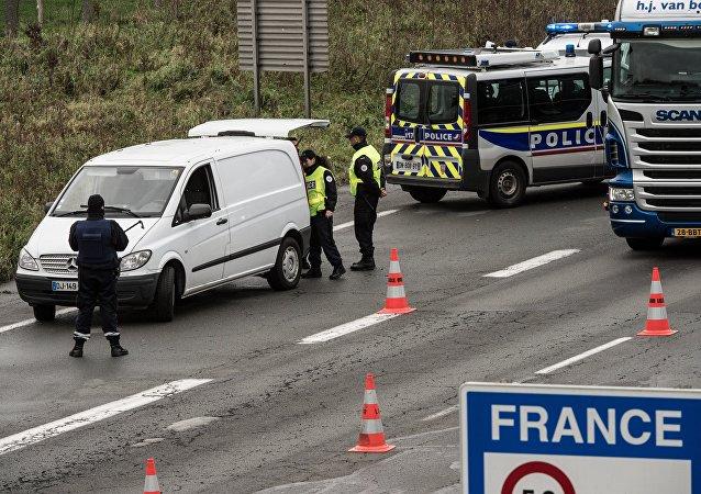 La frontière franco-belge, Nov. 17, 2015