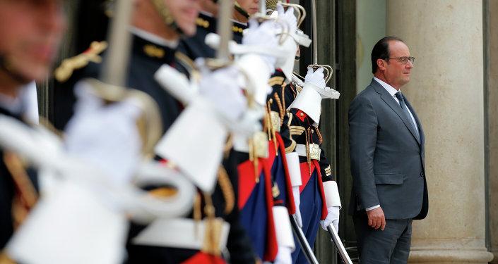 Le président français Francois Hollande