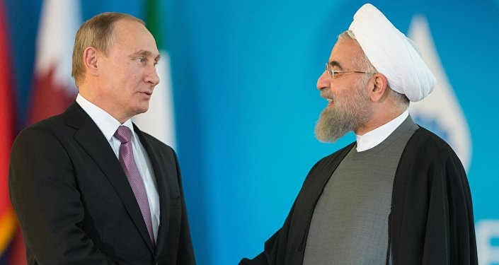 Vladimir Poutine (à droite) et Hassan Rohani