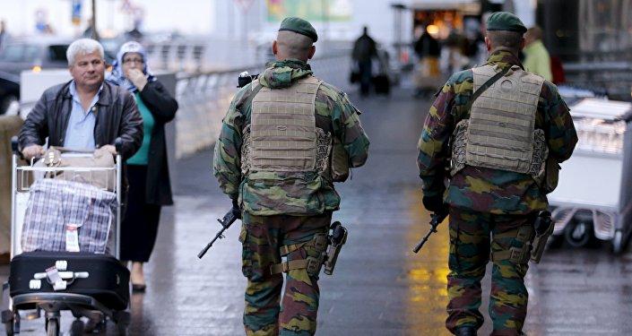 Une patrouille à l'aéroport de Bruxelles
