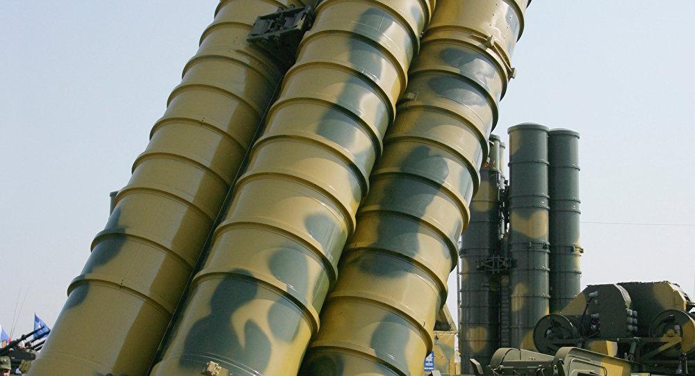 Le système sol-air russe S-400 Triumph