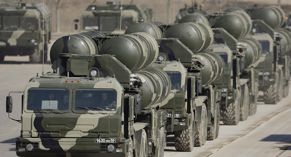 Missiles S-400 Triumph: un 3e régiment opérationnel en Russie en 2011