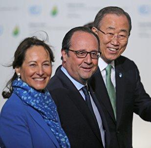 Francois Hollande, Ségolène Royal et Ban Ki-moon à la COP21