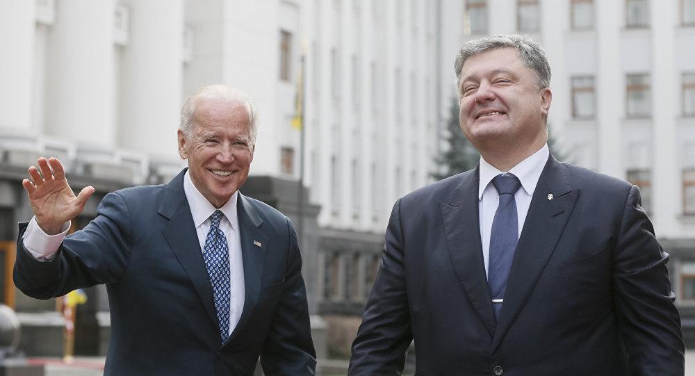 Joseph Biden et Piotr Porochenko
