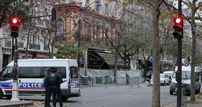 Les rues près du Bataclan fermées par la police