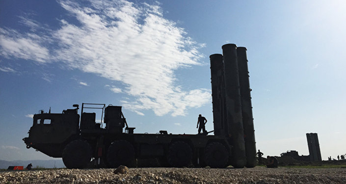 Les missiles russes sol-air S-400