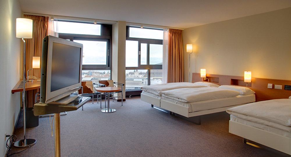 Etes vous pr t partager votre chambre d h tel avec un inconnu sputnik france - Hotel avec service en chambre ...
