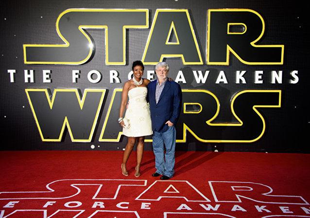 Le nouvel épisode de Star Wars déçoit George Lucas