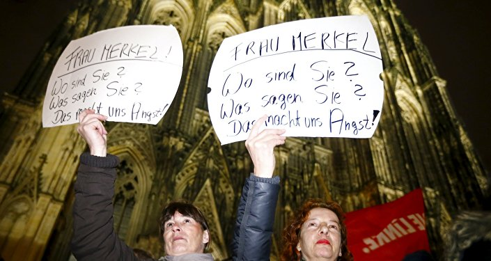 Protestations à Cologne contre la politique migratoire d'Angela Merkel