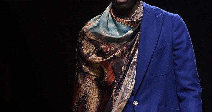 Réfugiés-mannequins dans le salon Pitti Uomo