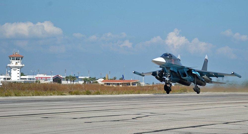 Avions militaires russes à Hmeymim Airbase, Syrie