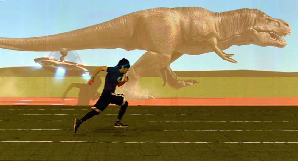 course entre un homme et un tyrannosaure