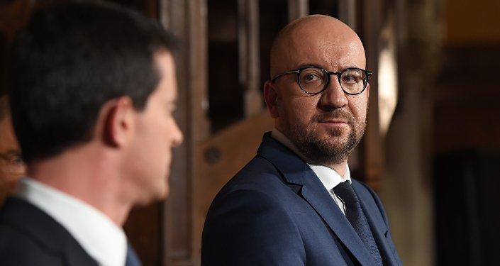 Manuel Valls et Charles Michel