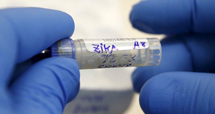Le virus Zika s'étend: un cas de transmission par voie sexuelle