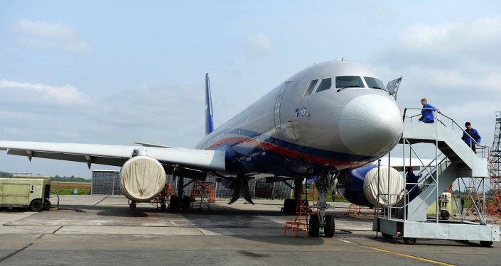 Un Tupolev Tu-214OS (Open Sky), avion développé pour les inspections aériennes dans le cadre du Traité Ciel ouvert