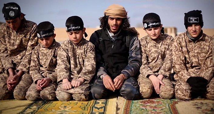 les enfants soldats du groupe de l'État islamique