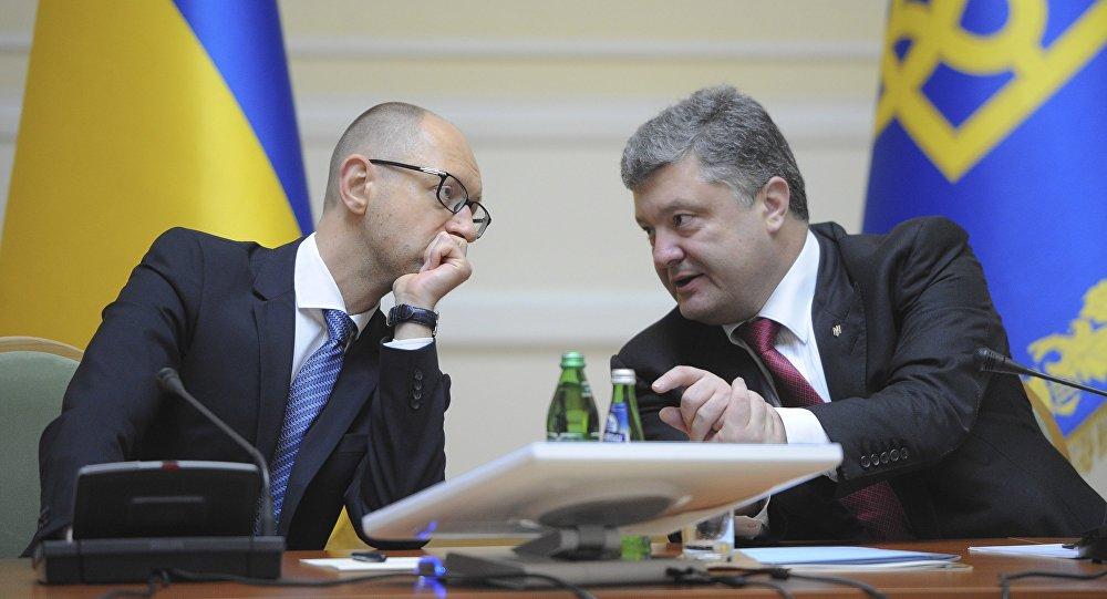 Ukraine: Porochenko demande la démission de Iatseniouk