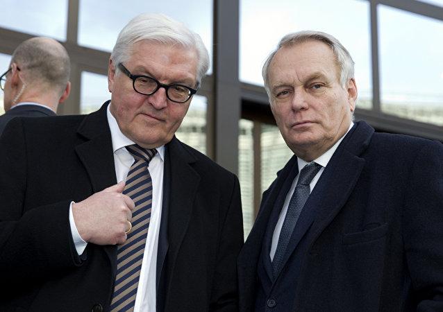 Frank-Walter Steinmeier et Jean-Marc Ayrault