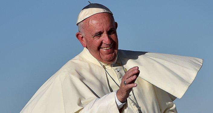 Le pape François lors de sa récente messe transfrontalière.