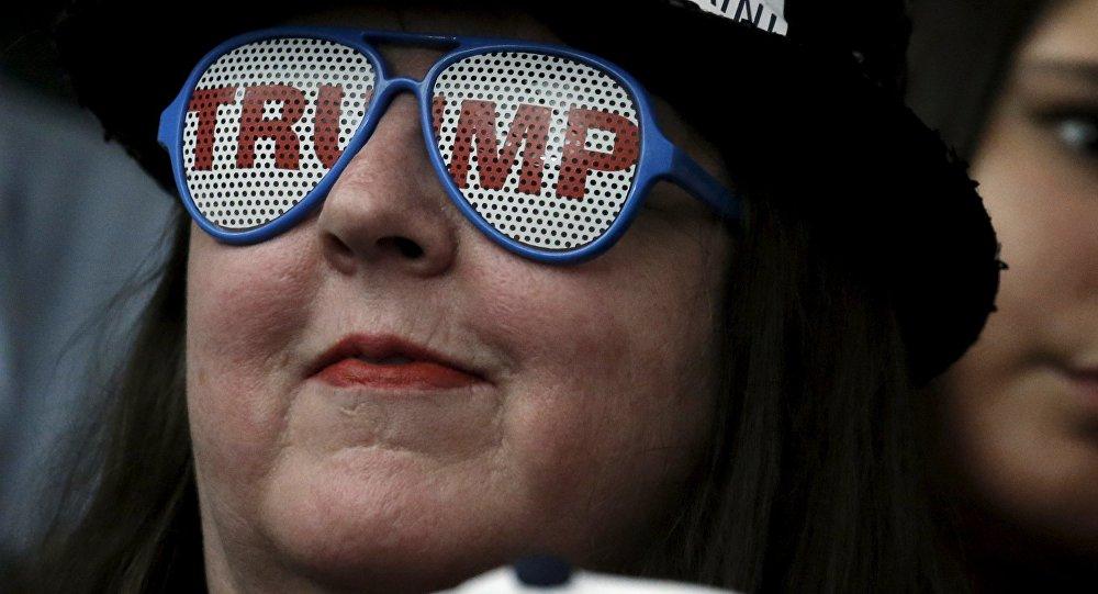 Une partisane du candidat présidentiel républicain Donald Trump