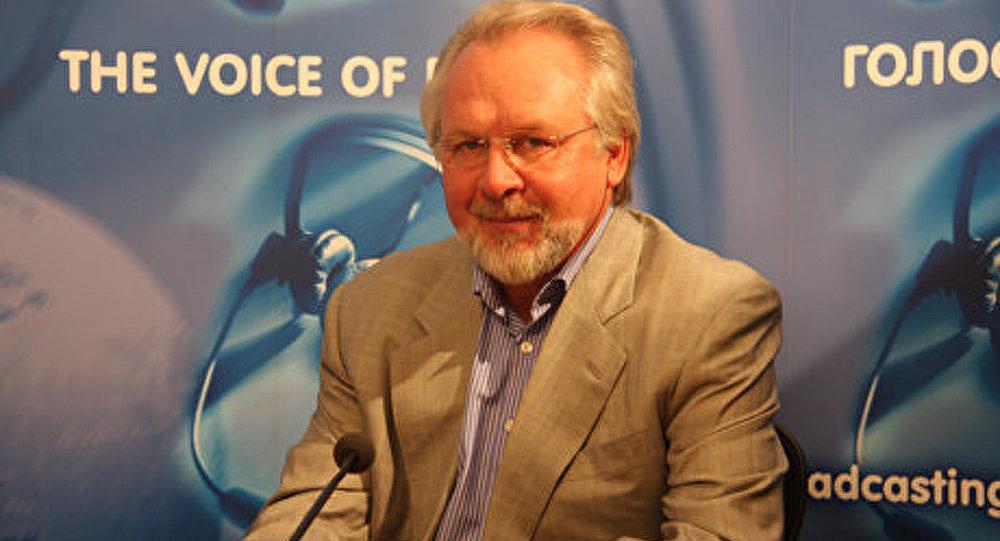 Pavel Goussev : un « brillant » projet de loi sur les médias de masse