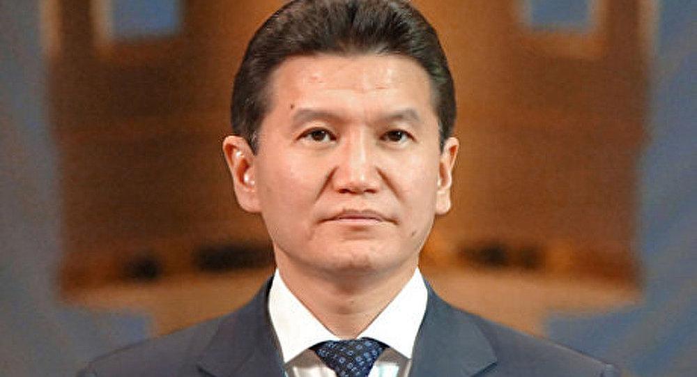 Ilioumjinov conserve son titre du président de la FIDE
