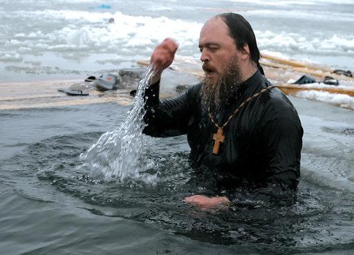L'Eglise orthodoxe russe entretient la tradition consistant à se baigner le jour du baptême du Christ.