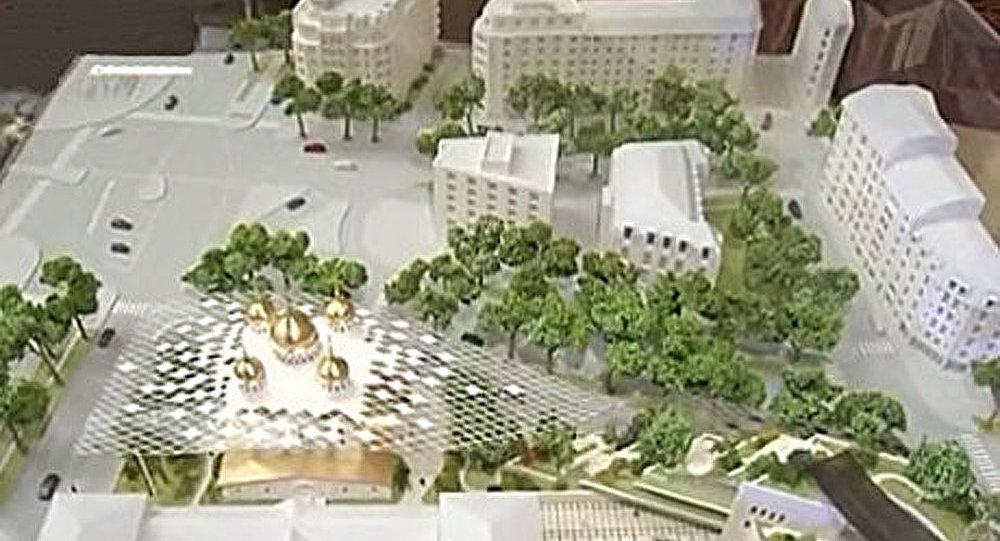 La France vue par les médias russes : des bulbes dorées face à la tour Eiffel