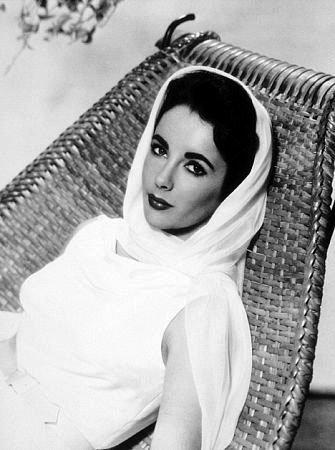 L'une des dernières légendes de l'âge d'or du cinéma hollywoodien avait été hospitalisée en février dernier à Los Angeles pour un problème d'insuffisance cardiaque.
