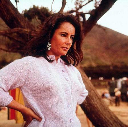 Dès 1970, l'actrice qui se maria 8 fois au total se fait plus rare au cinéma à cause de problèmes de santé.