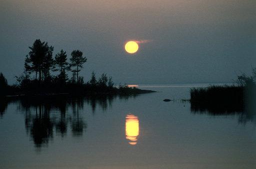 Une nuit sur le lac Ladoga.