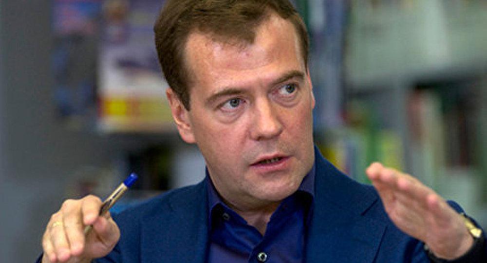Dmitri Medvedev a proposé d'étudier un système de protection des Russes à l'étranger