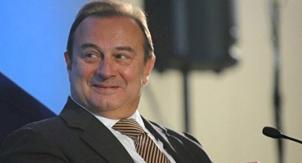 Norilsk Nickel envisage le rachat de ses actions cet automne