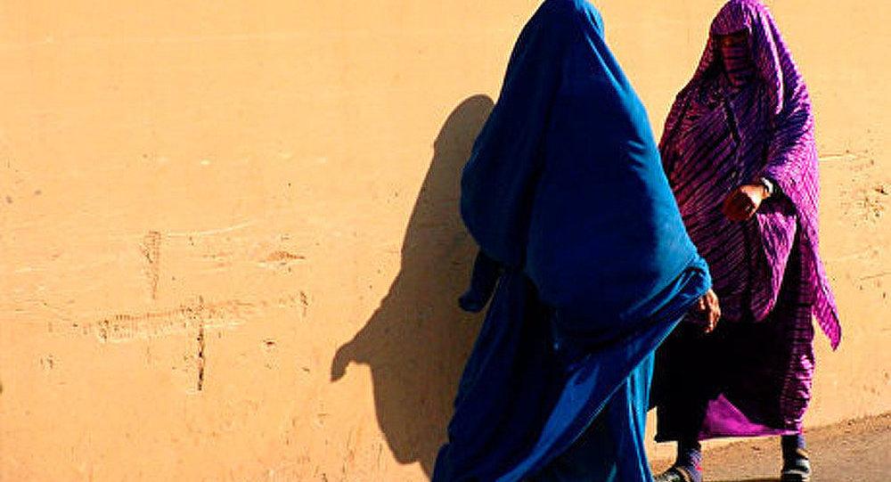 La Suisse vote contre la burqa