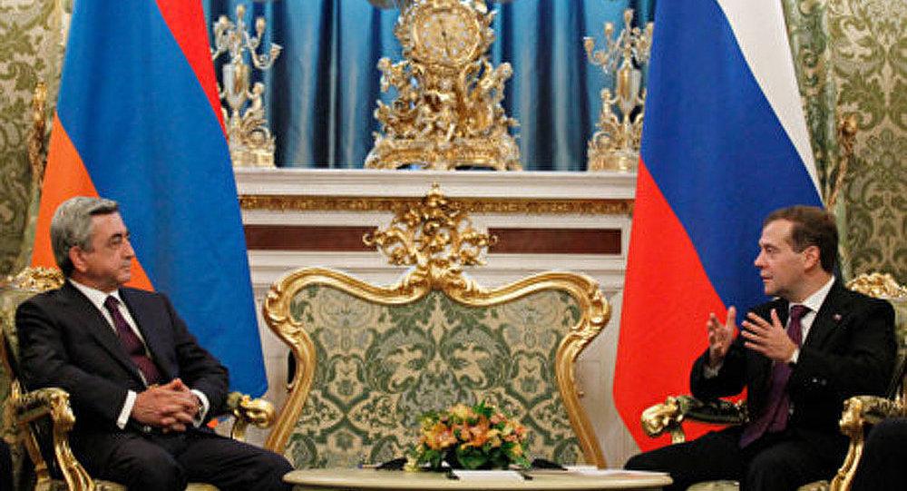Russie-Arménie: négociations au sommet au Kremlin