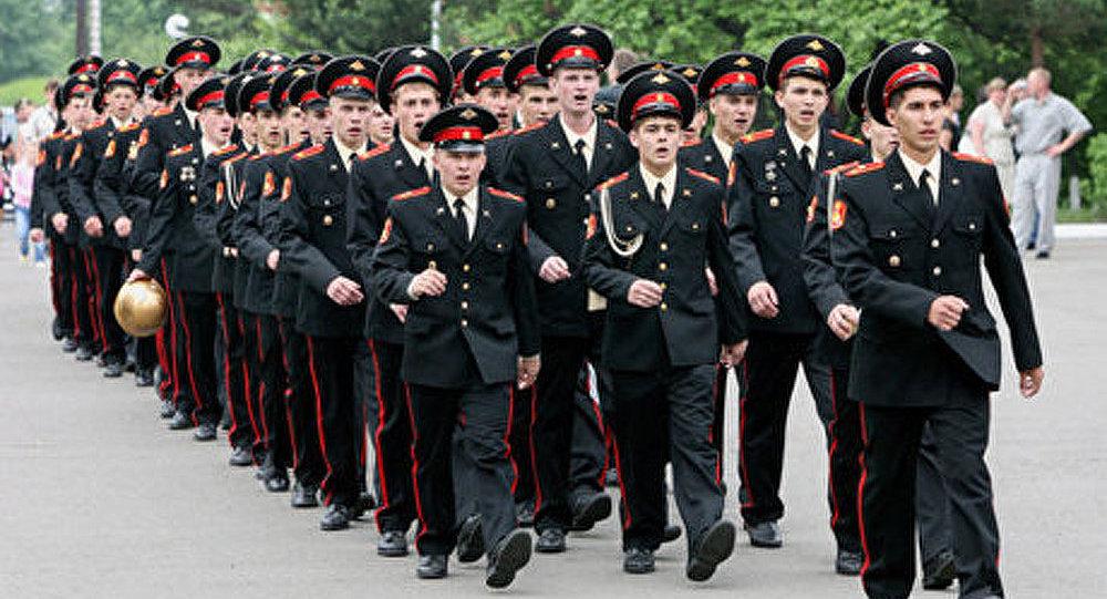 Les militaires russes vont devoir acheter leur uniforme