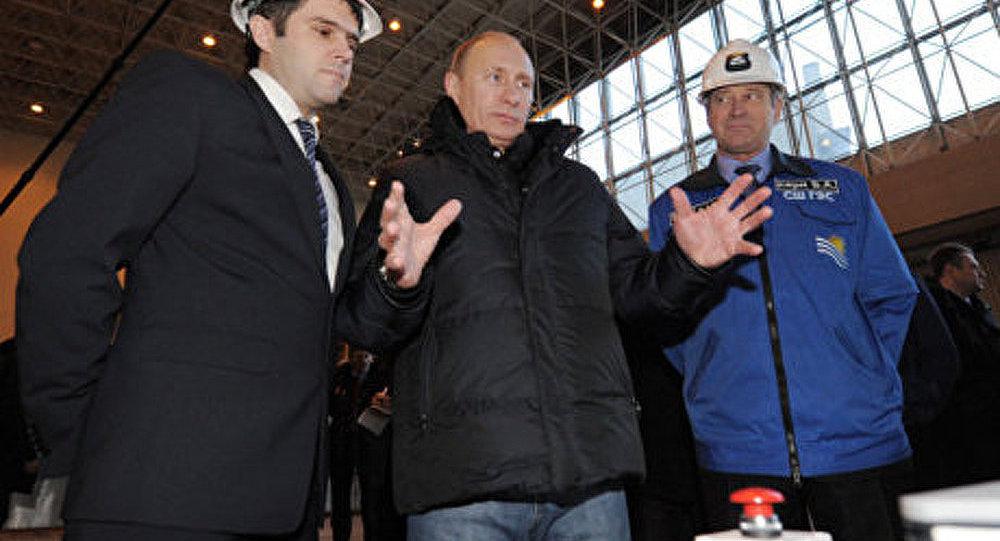 Poutine critique les violations dans le management des compagnies énergétiques