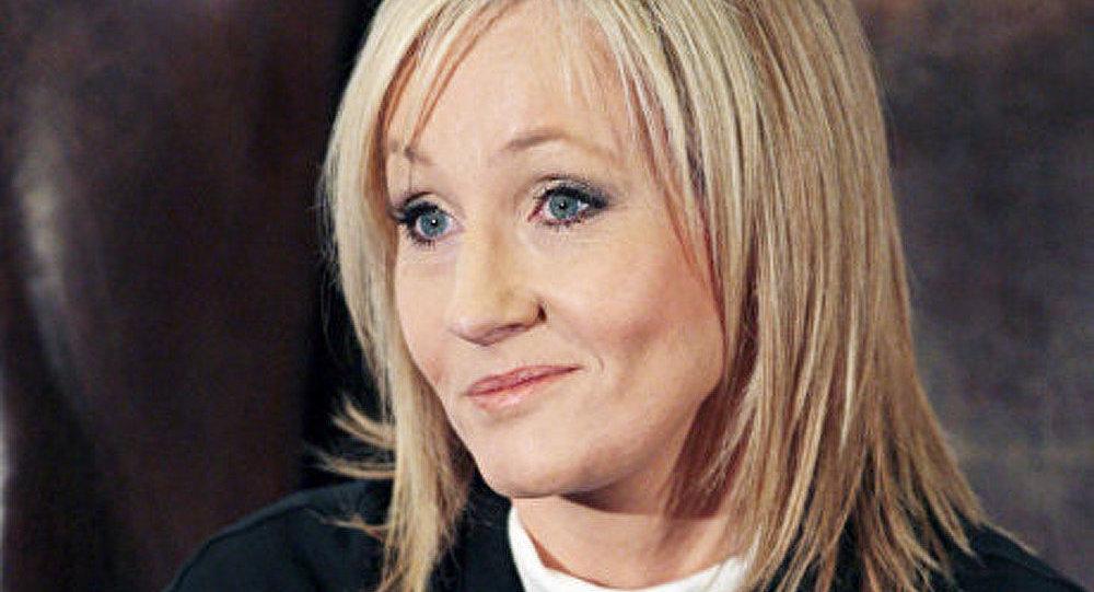 Joanne Rowling fait don de charité de 160 millions de dollars