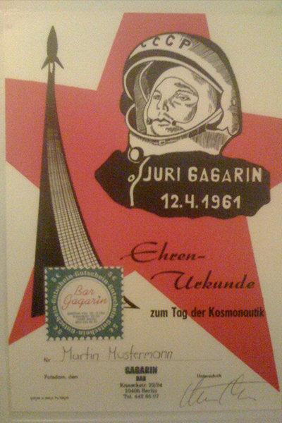 Sur la photo : Le Gagarin Bar à Berlin.