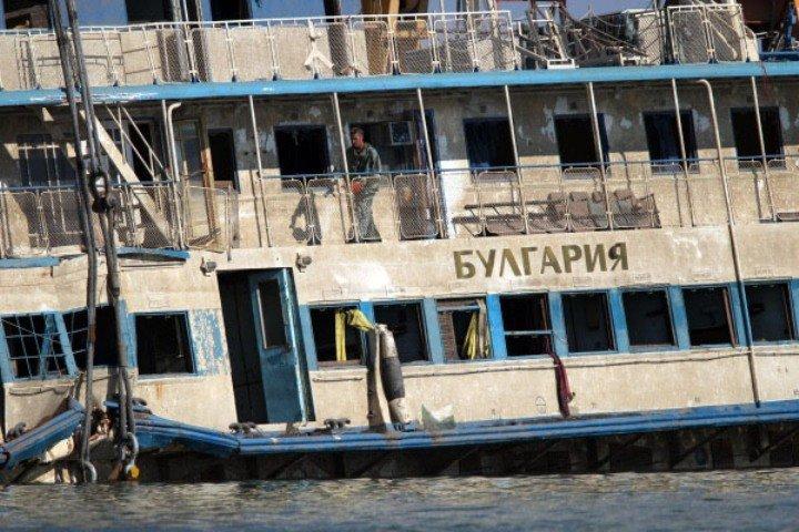 10 juillet 2011, un navire de croisière, le Boulgaria, sombre dans la Volga, au Tatarstan, une république de Russie centrale, faisant ainsi 122 morts.
