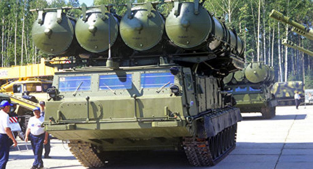 S-300 pour l'Iran : la Russie doit reprendre les livraisons (expert)