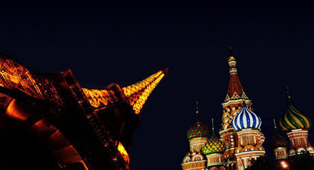 La Russie dans l'esprit français : un chat noir dans une chambre noire