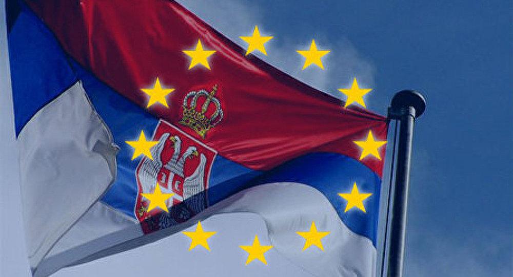 Adhésion à l'UE : la Serbie doit améliorer ses relations avec le Kosovo