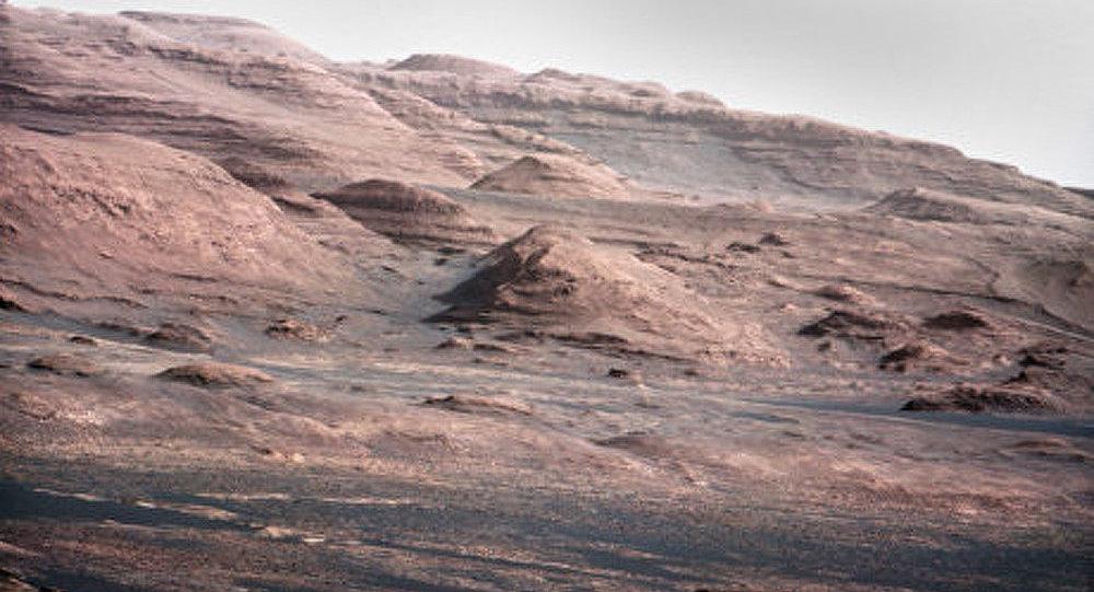 L'eau et l'atmosphère de Mars