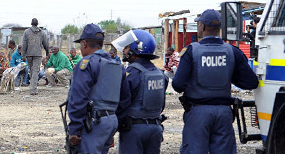 L 39 afrique du sud la police a d fendu un coffre de banque sputnik france - Location d un coffre a la banque ...