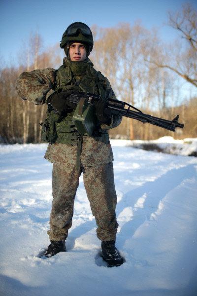 Test du nouvel équipement « Ratnik » destiné à l'armée russe du futur