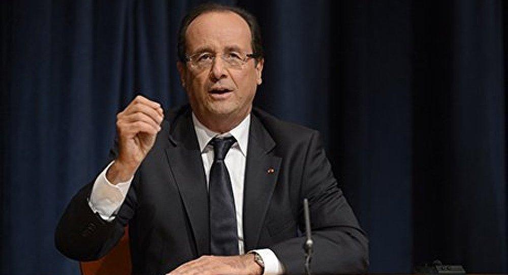 Hollande insiste sur la taxation des grandes fortunes