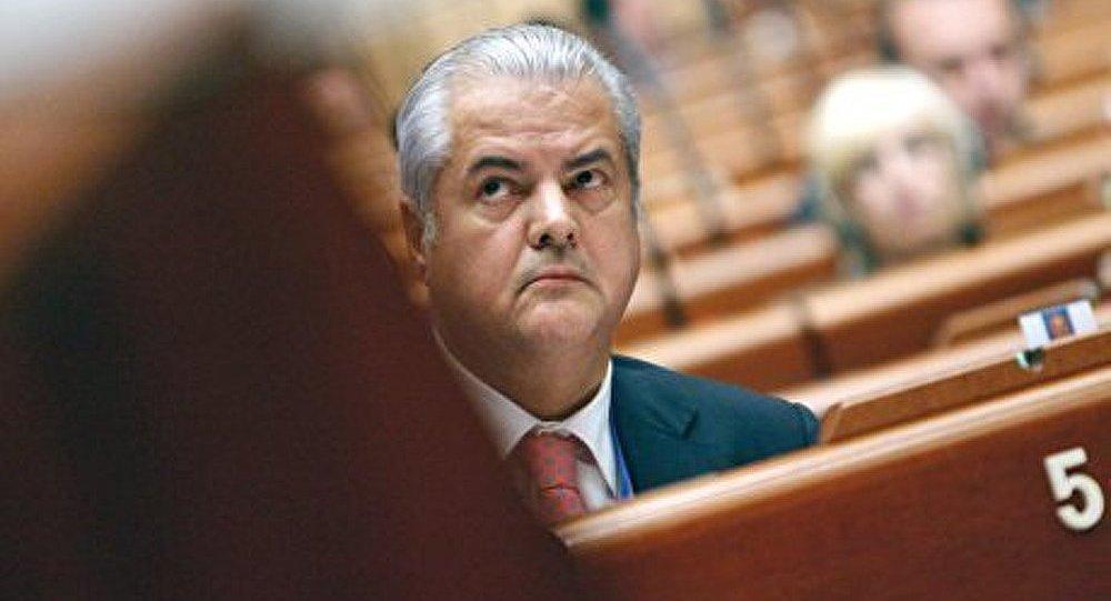 Libération anticipée de l'ex-premier ministre de Roumanie