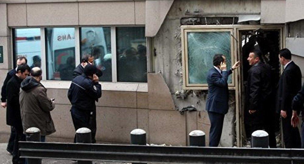 Turquie : un kamikaze se fait sauter devant l'Ambassade US