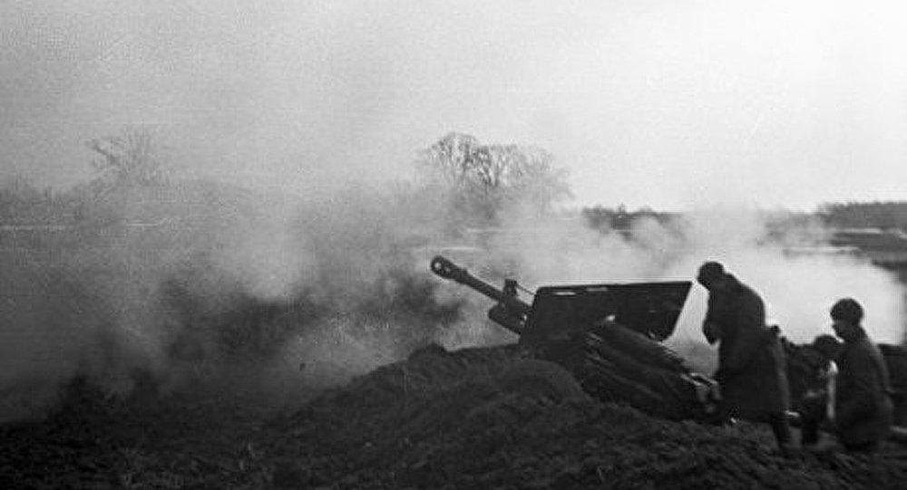 Paris a honoré la mémoire des héros de Stalingrad
